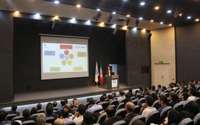 گزارش نخستین گردهمایی واحدهای فناور پارک علم و فناوری دانشگاه صنعتی شریف
