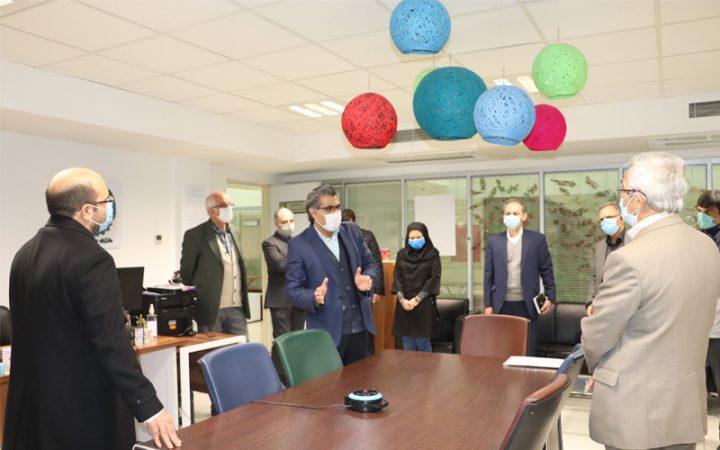دیدار معاون پژوهش و فناوری وزارت علوم از ناحیه نوآوری شریف