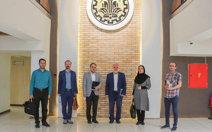 استقبال دانشگاه آزاد اسلامی شهر ری از همکاری مشترک با پارک علم و فناوری شریف